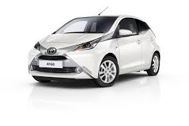 Car Rental in Madeira -  Reserva una Toyota Aygo con Funchal Car Hire